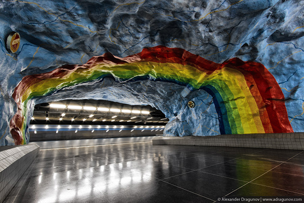 Alexander-Dragunov-Stockholm-Subway-Photography-6