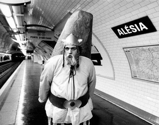 janol-apin-metro-paris-17
