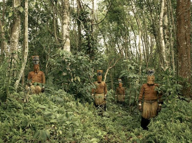 smithsonian-photo-contest-people-yucuna-amazon-tribe-piers-calvert