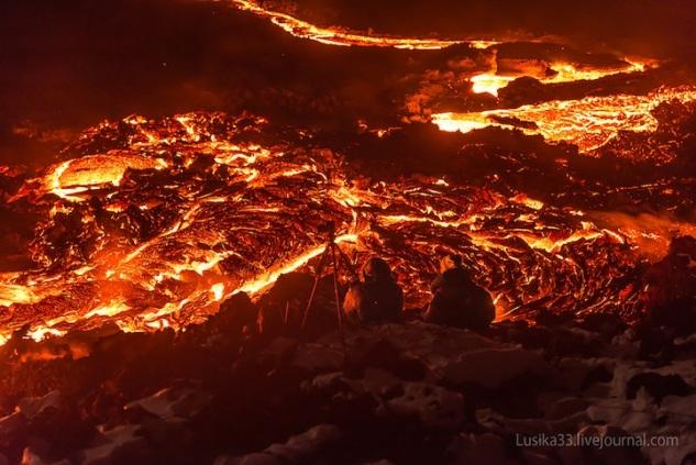 lusika33_erupting_volcano10