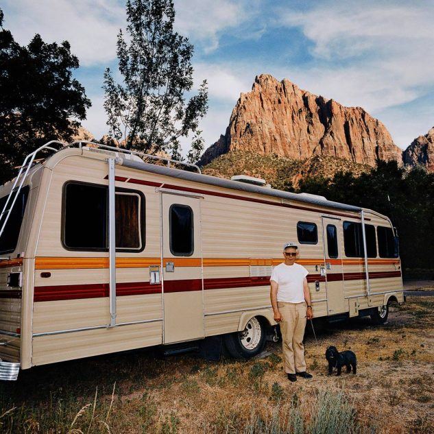 Man-with-Dog-Motorhome-Zion-Canyon-National-Park-UT-19801