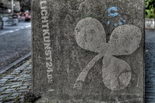 Reverse_graffiti