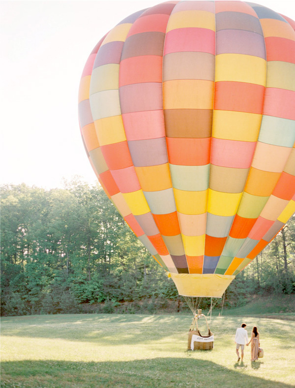 balloon romantic escape