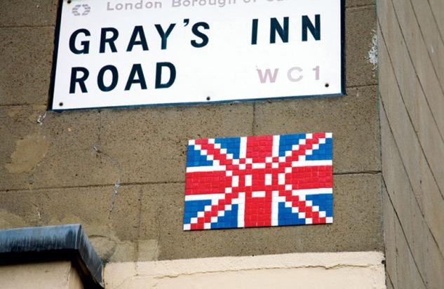 space-invader-street-art-1-london_2048